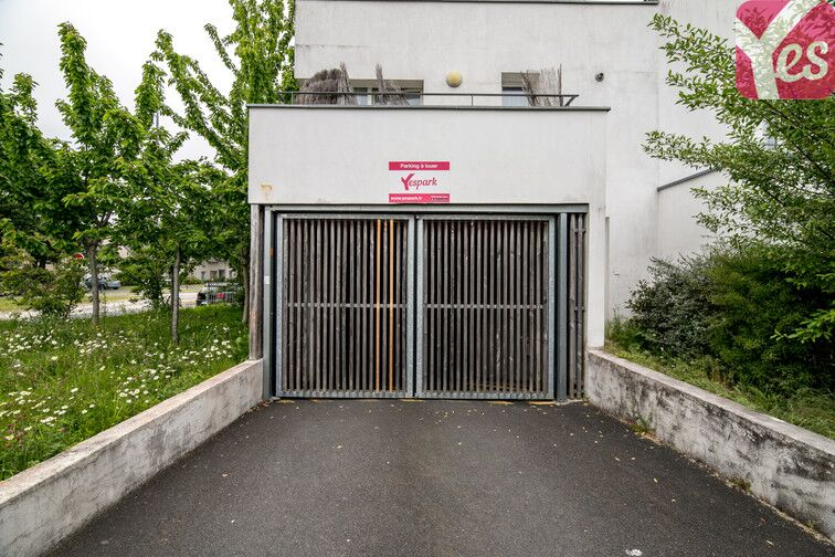 Parking Piscine de l'Axe Majeur - Nantes Erdre à louer