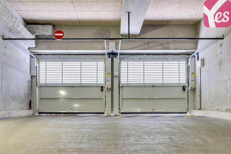 Parking Nanterre - Ville Nanterre