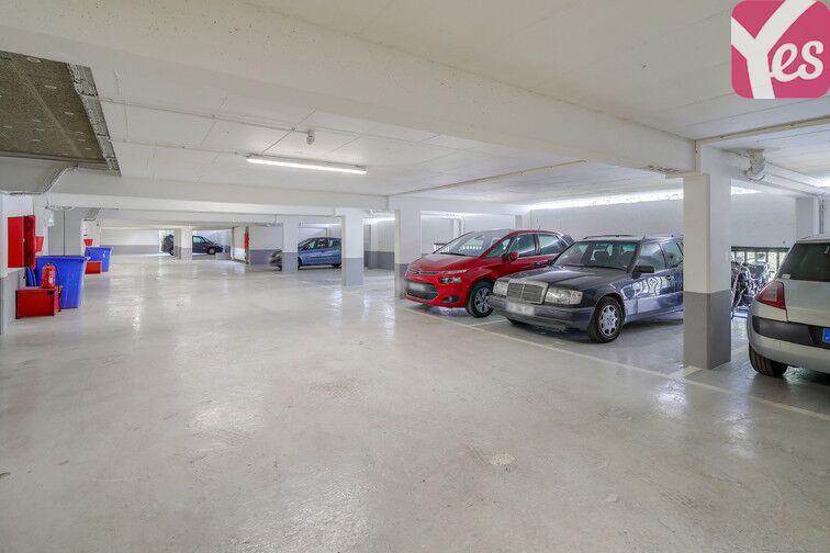 Parking Métro Asnières - Gennevilliers - Les Courtilles 24/24 7/7