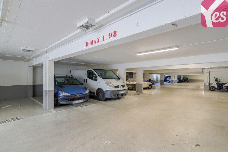 Parking Métro Asnières - Gennevilliers - Les Courtilles box