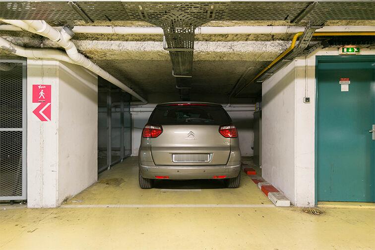 Parking Gare de Nanterre Préfecture 11 rue Edmond Dubuis