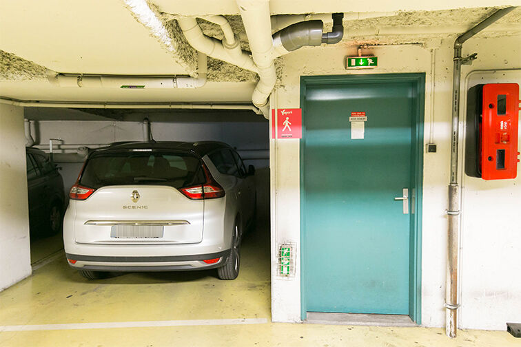 Parking Gare de Nanterre Préfecture pas cher