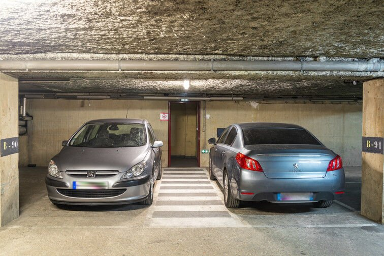 Parking Barbès - Château Rouge - Paris 18 location mensuelle