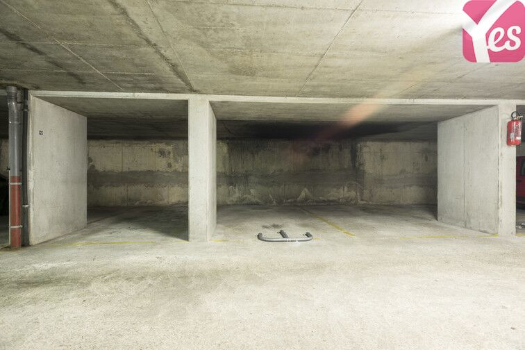 Parking Courbevoie - Fb de l'Arche - Les Fauvelles avis