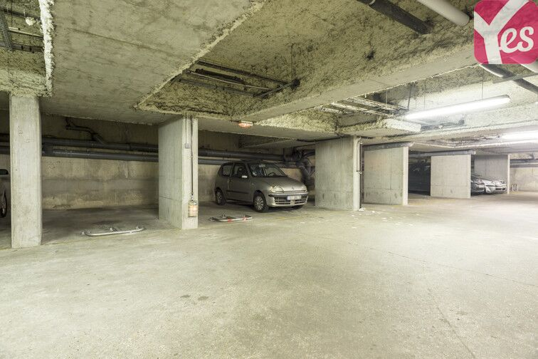 Parking Courbevoie - Fb de l'Arche - Les Fauvelles garage