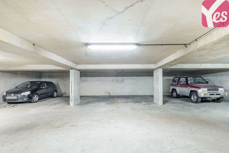 Parking Grande Arche de la Défense - Courbevoie souterrain