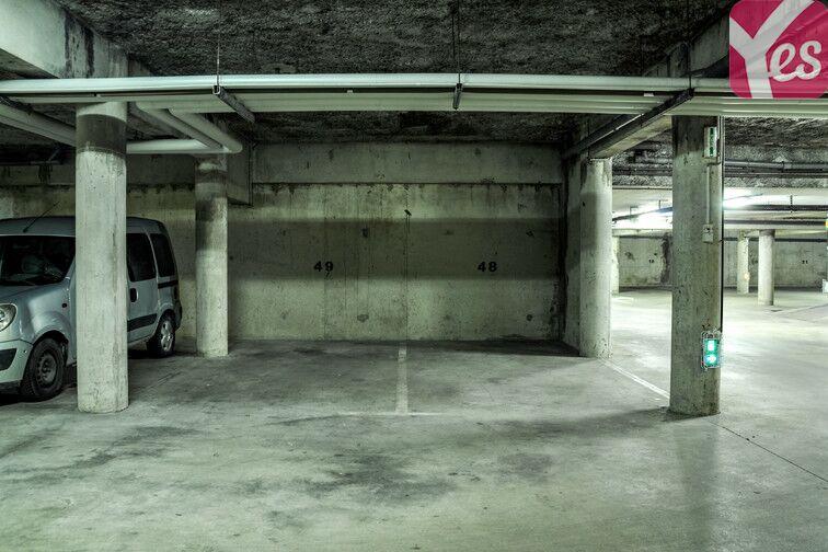 Parking Clos - Tillet - Génitoy - Golf - Bussy-Saint-Georges 24/24 7/7