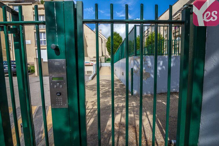Parking Rue Joachim du Bellay - Saint-Jean - Beauvais sécurisé