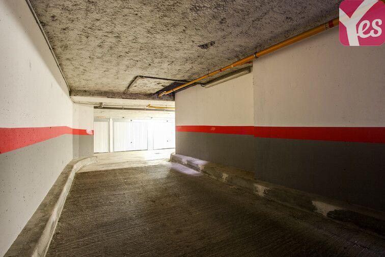 Parking Boulevard du Maréchal Joffre - Bourg-La-Reine sécurisé