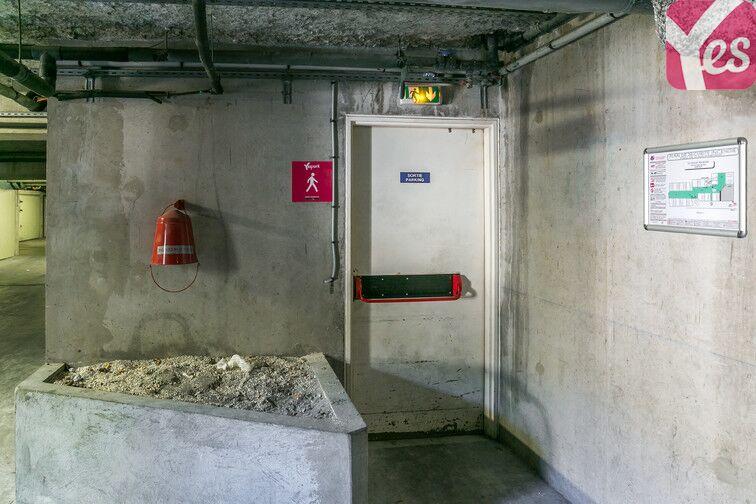 Parking Parc d'Estienne d'Orves - Baumettes - Nice 24/24 7/7