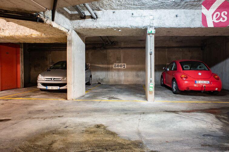 Parking Gare - Zone d'activités du Commandant Rolland - Le Bourget pas cher