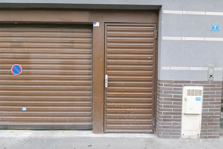 Parking Mairie de Stains to rent