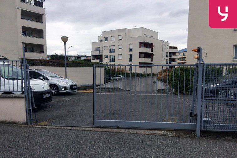 Parking Orly longue durée garage