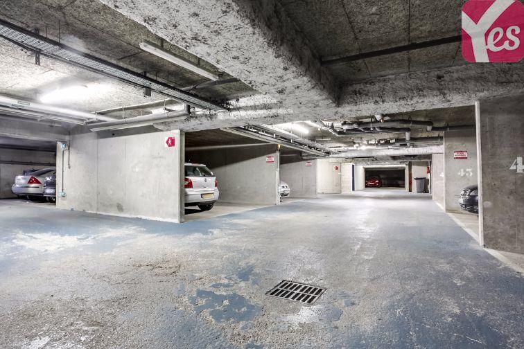 Location parking Orly longue durée