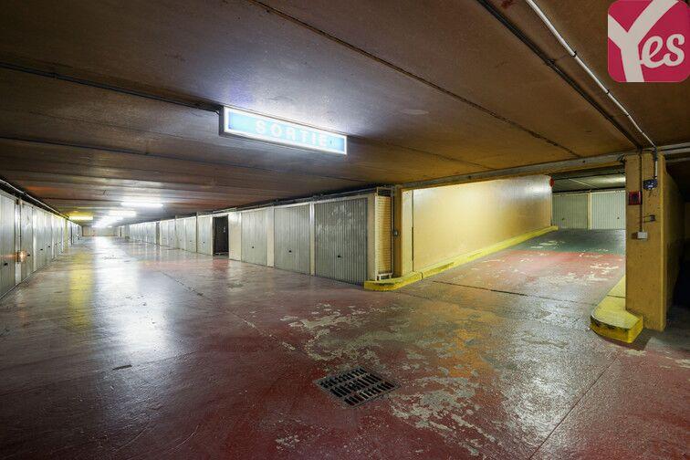 Parking Gare de Suresnes Mont Valerien avis