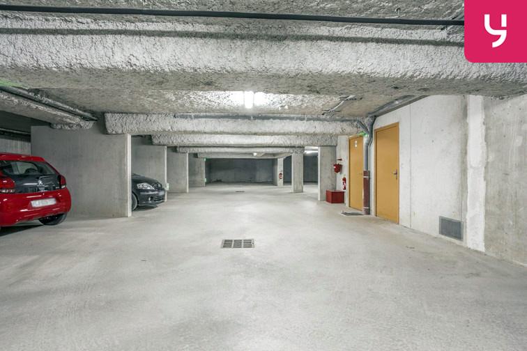 Les allées de votre parking sont larges ce qui facilite les déplacements