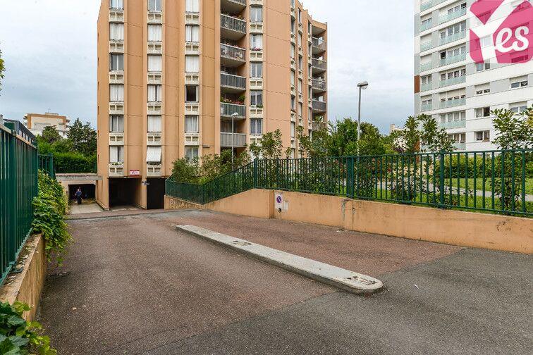 Parking Cimetière de Clichy location
