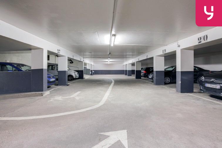 Parking Champerret - Porte d'Asnières - Levallois-Perret (place moto) sécurisé