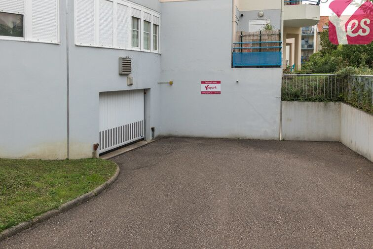 Parking Mairie de Montigny-lès-Metz garage
