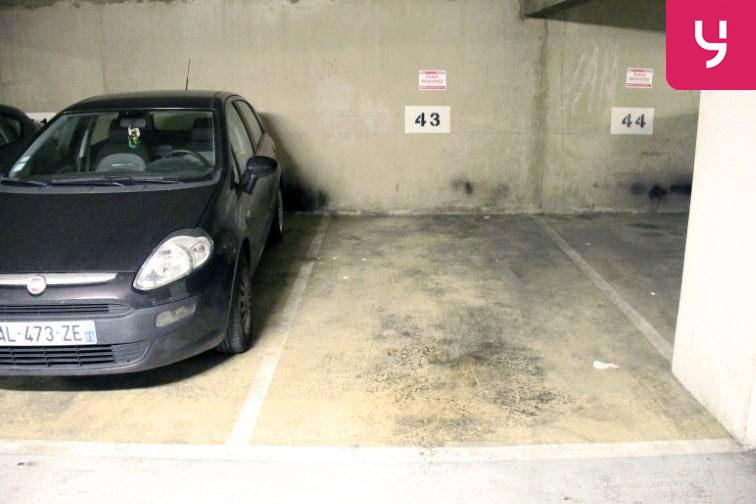 Parking Église de Pantin gardien