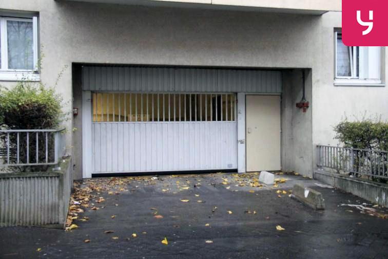 Parking Église de Pantin garage