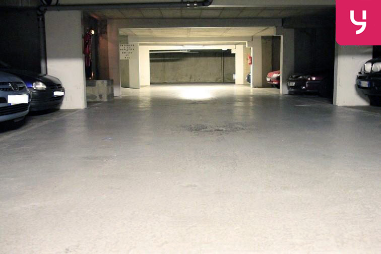 Parking Église de Pantin en location