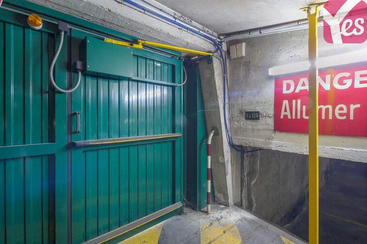 Parking Bièvre Sud - Paris 13 gardien