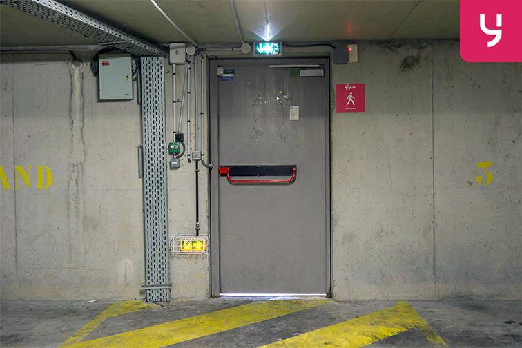 Parking Louis Bertrand - Mirabeau - Semard - Ivry-sur-Seine box