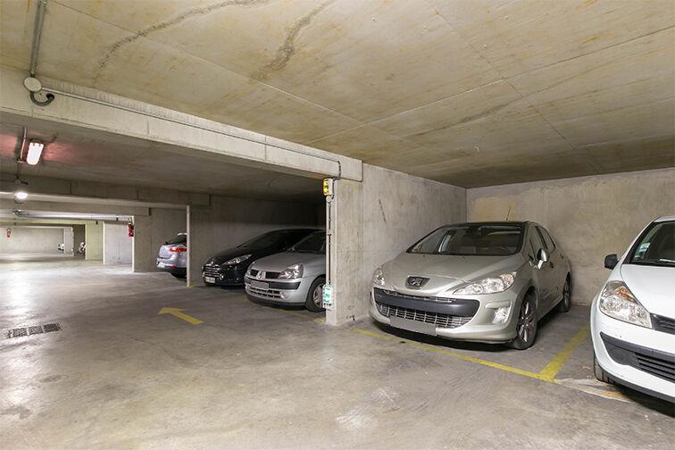 Parking Louis Bertrand - Mirabeau - Semard - Ivry-sur-Seine location