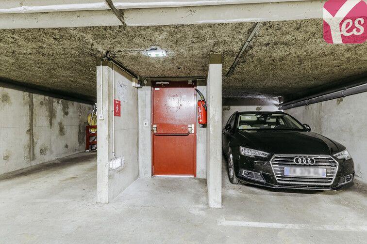 Parking Cimetière Parisien d'Ivry en location
