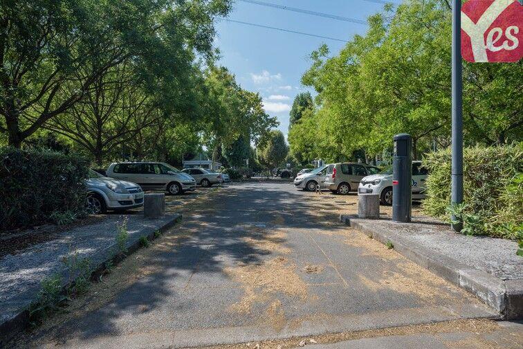 Parking Mairie de Villeneuve- la-Garenne (aérien) Villeneuve-la-Garenne