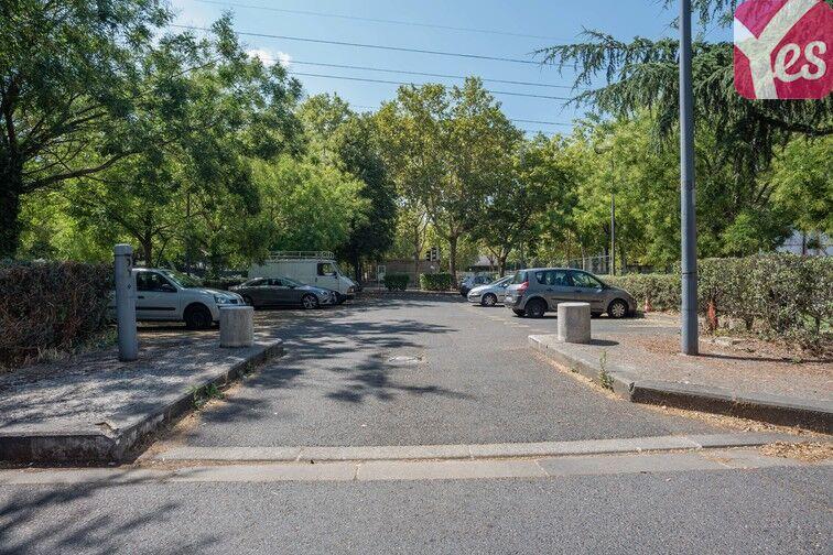 Parking Mairie de Villeneuve- la-Garenne (aérien) location mensuelle