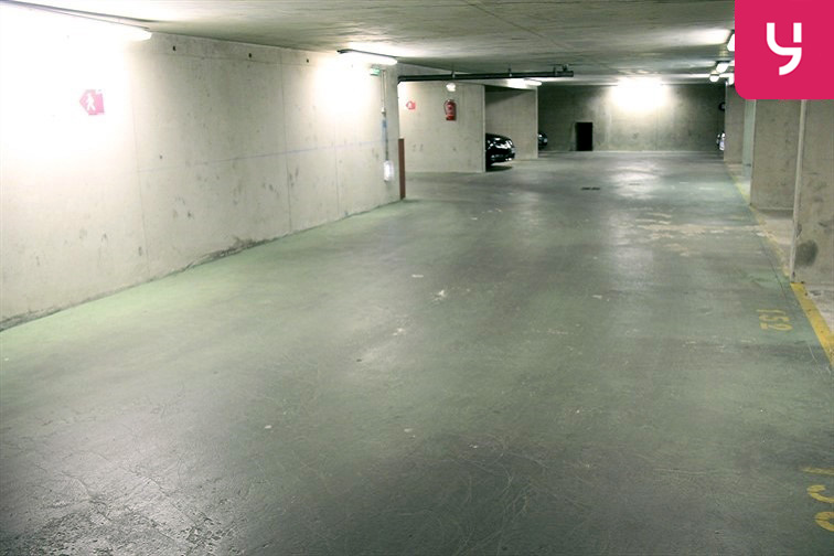 Parking Ourcq - Petit 71 rue Petit