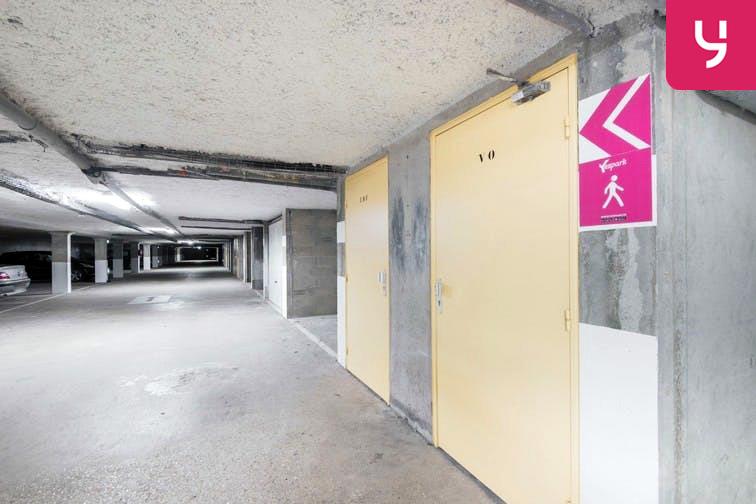 Parking Rue des Quatre Vents - Voisins-le-Bretonneux (place moto) sécurisé