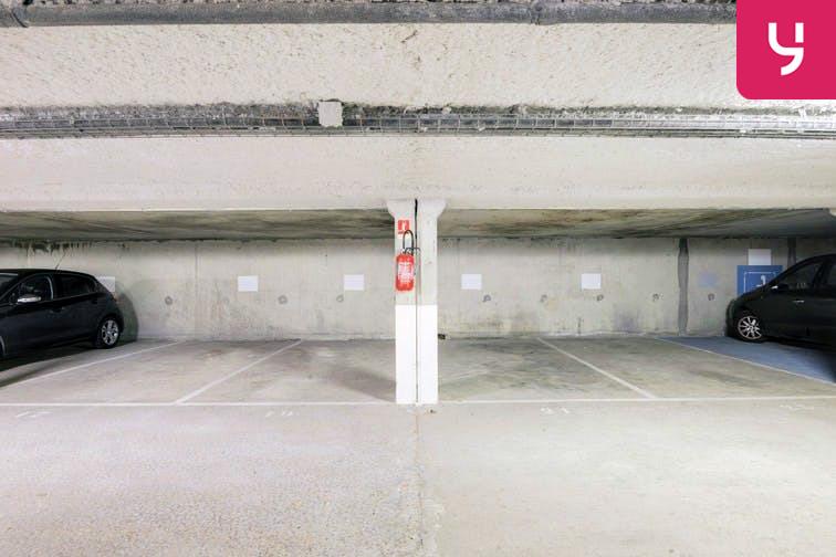 Parking Rue des Quatre Vents - Voisins-le-Bretonneux (place moto) avis