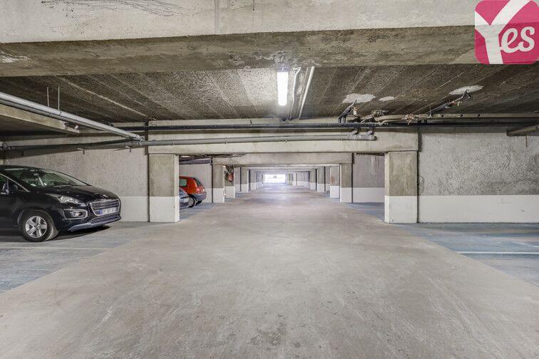 Parking Centre Hospitalier Pellegrin - Bordeaux location