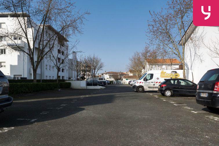 Parking Gare de Caudéran-Mérignac - Aérien 24/24 7/7
