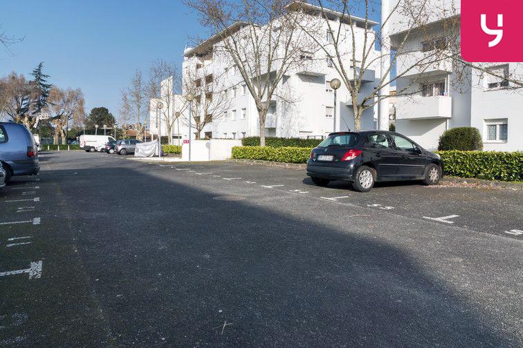 Parking Gare de Caudéran-Mérignac - Aérien en location