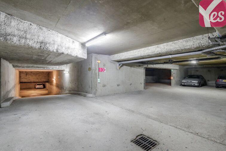 Parking Cimetière de Malakoff - Vanves garage