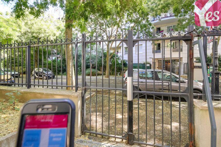 Parking Les Moulineaux - quai de Stalingrad pas cher