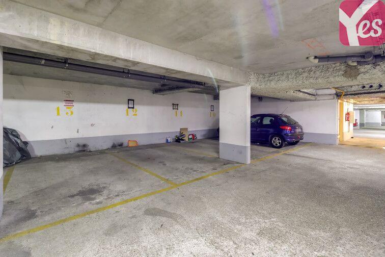 Parking Les Moulineaux - quai de Stalingrad caméra