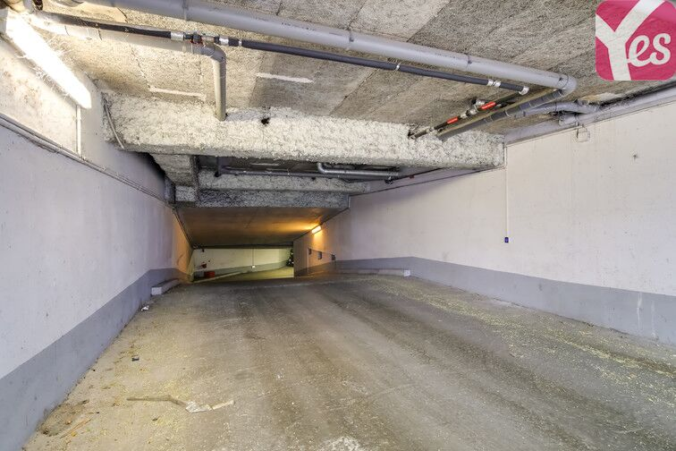 Parking Les Moulineaux - quai de Stalingrad sécurisé