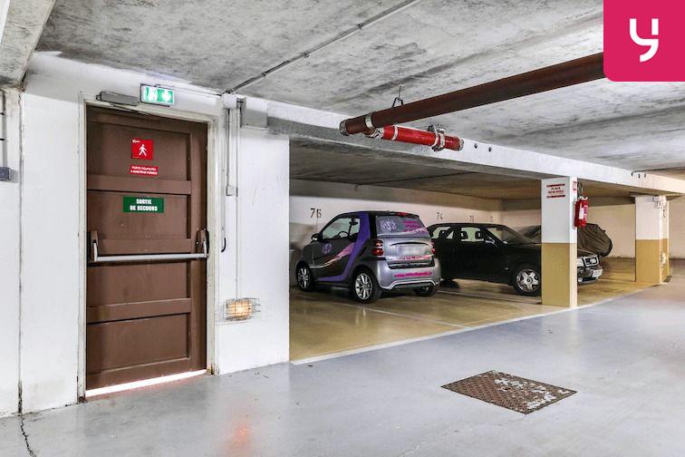Parking Versailles - Montreuil - rue Bazin (place double) sécurisé