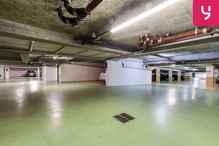 Parking Versailles - Montreuil - rue Bazin (place double) box
