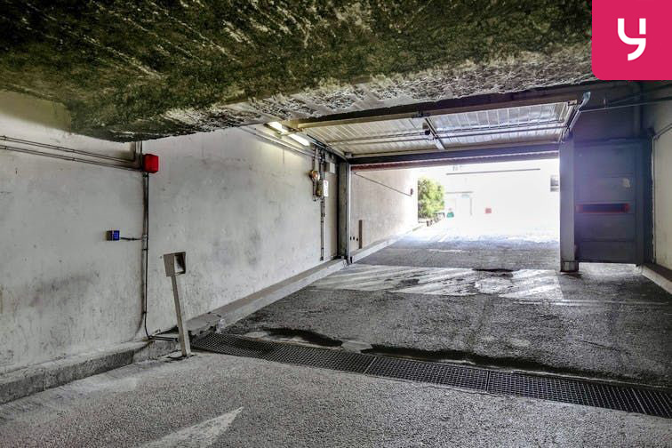 Parking Val d'Osne - Rés. Meunerie - Saint-Maurice (place moto) souterrain