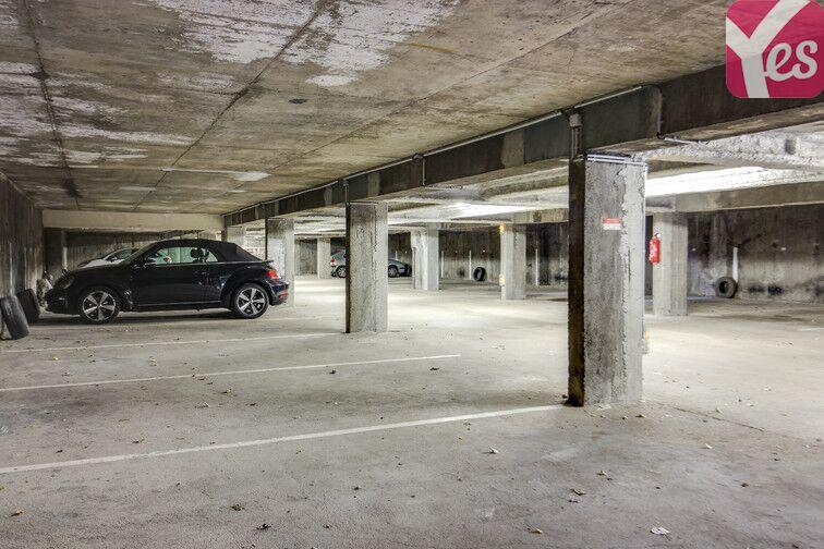 Parking Saint-Étienne - Saint-Roch - Vivaraize - Valbenoite - Centre Deux avis
