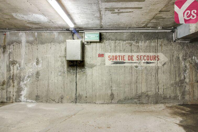 Parking Saint-Étienne - Saint-Roch - Vivaraize - Valbenoite - Centre Deux box