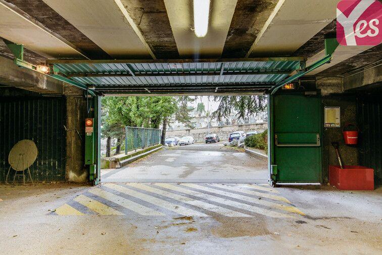 Parking Saint-Étienne - Saint-Roch - Vivaraize - Valbenoite - Centre Deux gardien