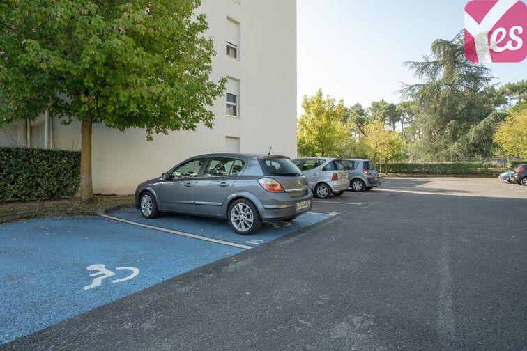 Parking Hôpital Haut-Lévêque - Pessac avis