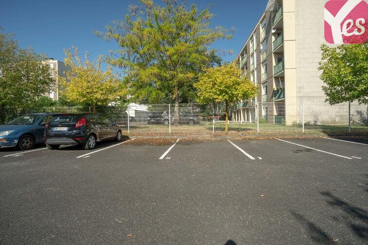 Parking Hôpital Haut-Lévêque - Pessac 33600